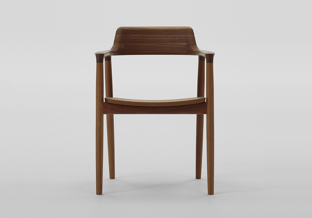The science of sitting japanese furniture brand maruni for Designer furniture brands